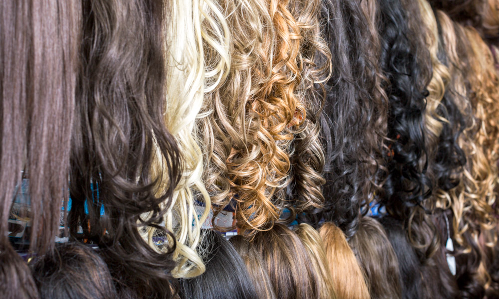 Types of wigs, hairpieces and hair replacement